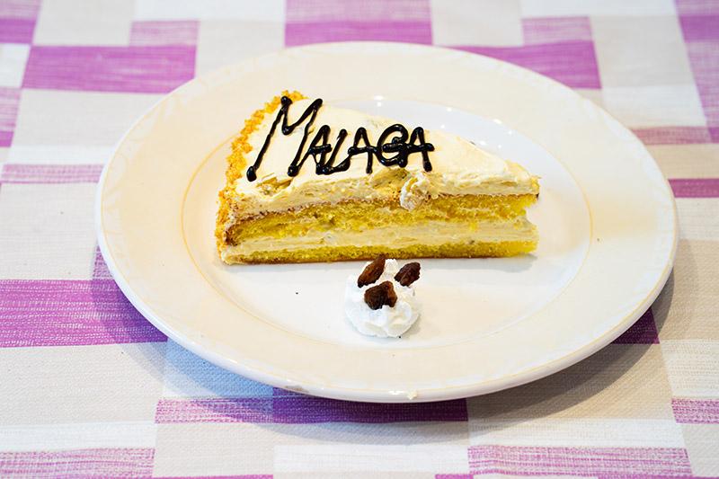 Torta con crema al malaga